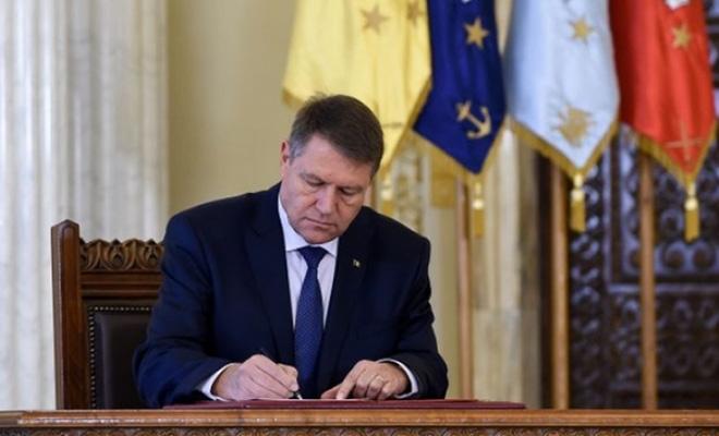 presedintele-iohannis-a-promulgat-legea-privind-modificarea-si-completarea-unor-acte-normative-intre-s9450